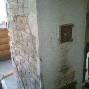 Ремонт голландки ,отделка мрамором,монтаж дверки
